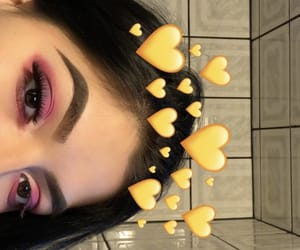 eyebrows, pink, and máquillaje image