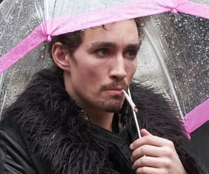 klaus, the umbrella academy, and hargreeves image