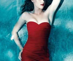 belleza, famosos, and rojo image