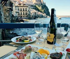 Island, lunch, and italy image