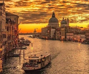 venice and landscape image