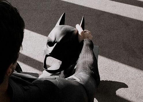 article, robert pattinson, and batman image