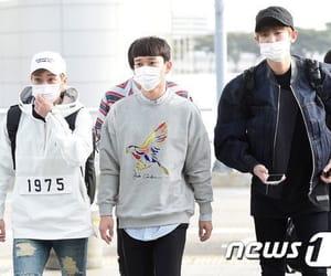 Chen, xiumin, and kim jongdae image