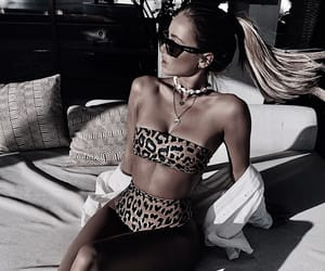 leopard print, summer, and ponytail image