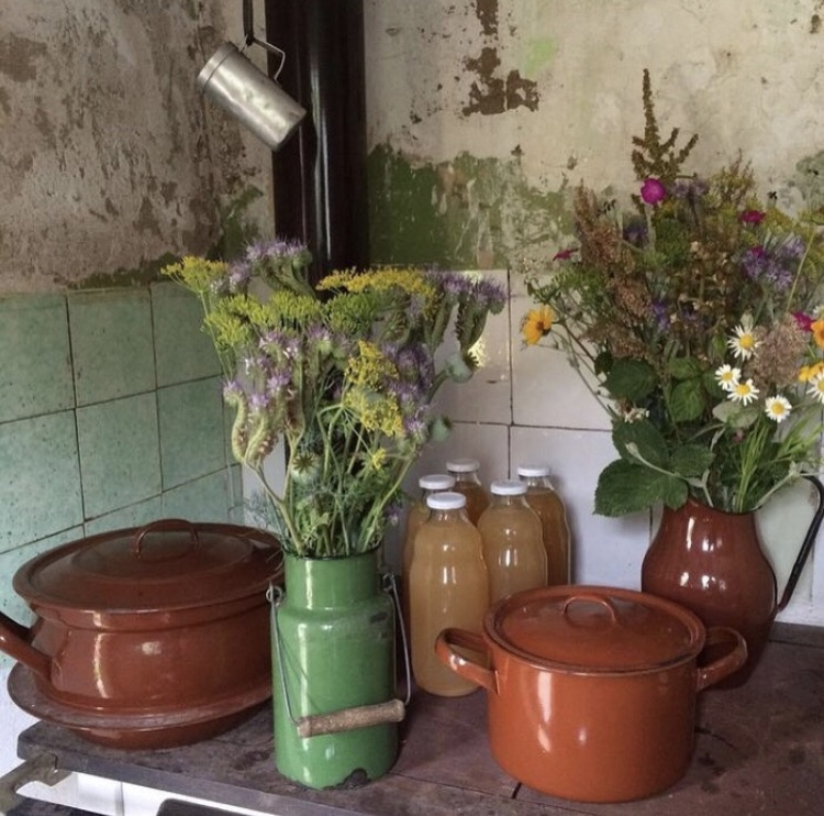 flowers, kitchen, and aesthetic image