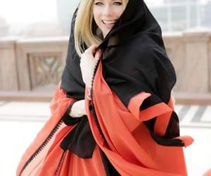 Avril Lavigne, famosos, and belleza image