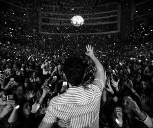 concert, shawn, and mendes image