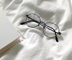 aesthetic, white, and glasses image