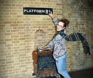 fandom, girl, and hp image