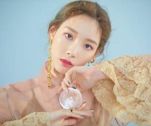 kpop, taeyeon, and 태연 image
