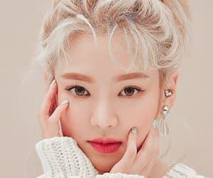 dancer, fashion, and hyoyeon image