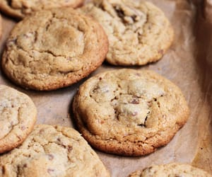 baking, chocolate, and chocolate chip image