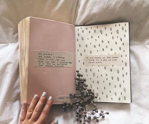 aesthetic, books, and nails image