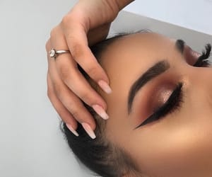aesthetic, eyebrows, and eyeshadow image