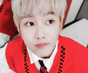 handsome, kpop, and bae junyoung image