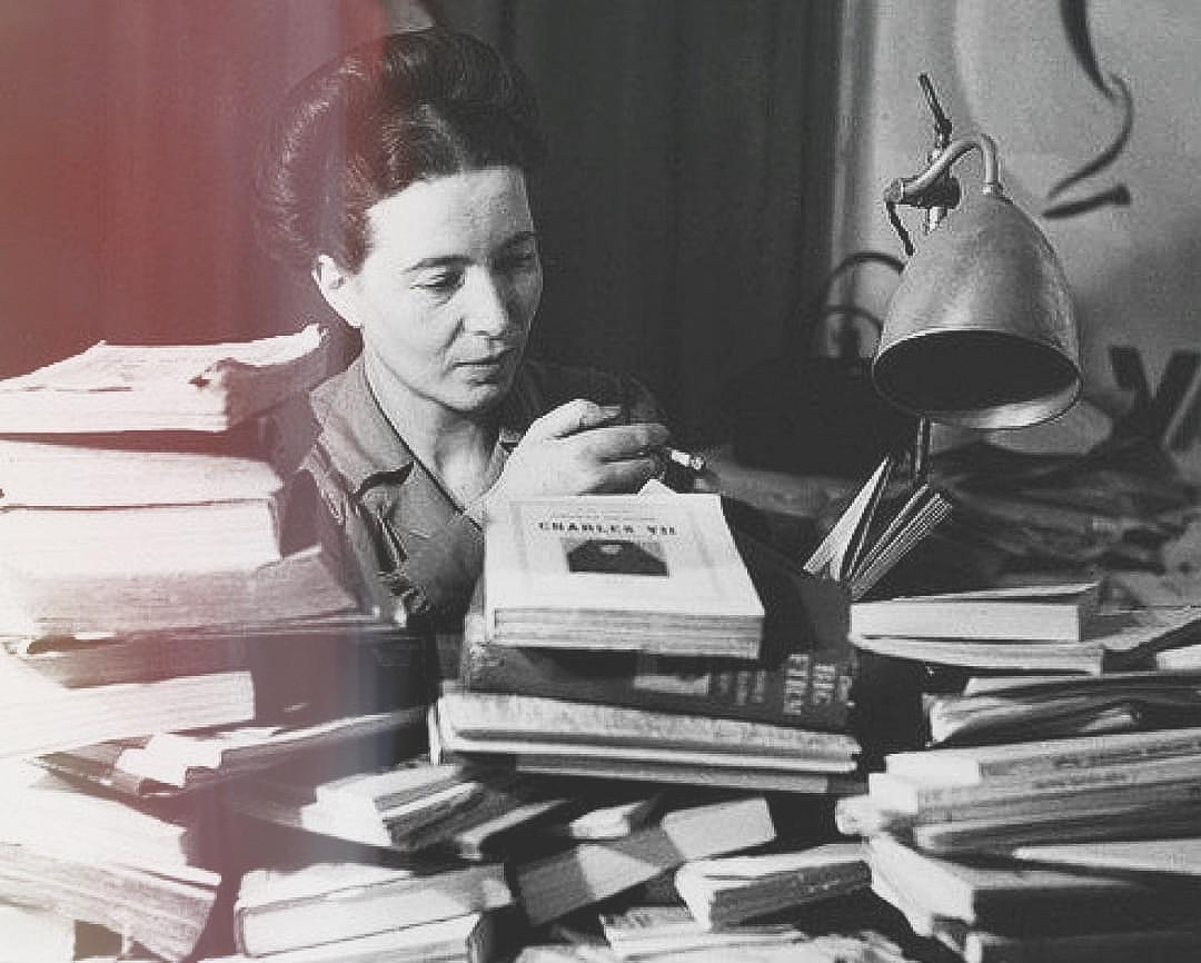 simone de beauvoir and book image
