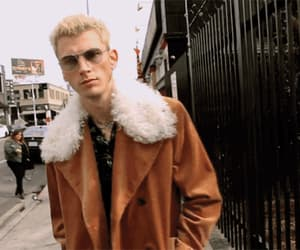 gif and machine gun kelly image