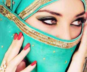 eyes and muslim image