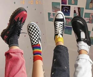 aesthetic, shoes, and vans image
