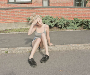 blonde, creepers, and girl image