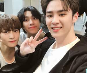 wayv, yangyang, and nct u image