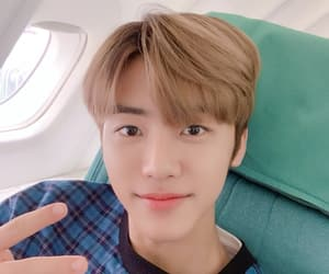 hd, selfie, and jaemin image