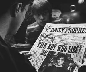 harry potter, ron weasley, and black and white image