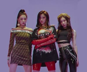 itzy, kpop, and chaeryeong image