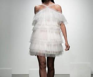 elegancia, moda, and pasarela image