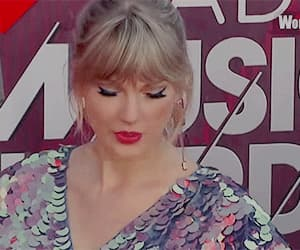 gif, singer, and Taylor Swift image