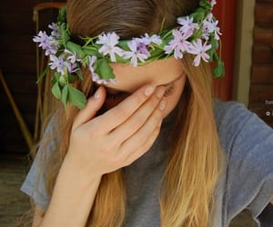 flower, flower crown, and tumblr image
