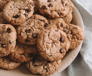 chocolate chip cookies, Cookies, and healthy image