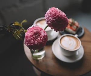 Coffee ☕️🧘🏼♀️good morning vintage