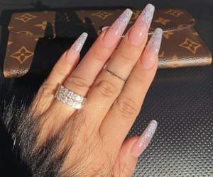 nails, Louis Vuitton, and pink image
