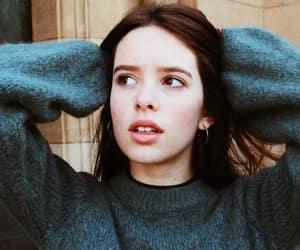 girl, skam, and alba planas image