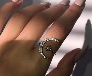 bracelet, jewelry, and ring image
