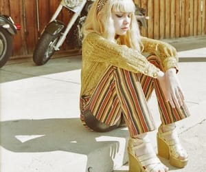 blonde, retro, and chic image