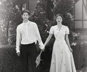husband, wife, and descendantsofthesun image