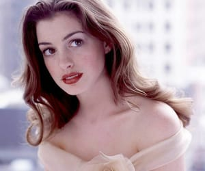 actress, Anne Hathaway, and makeup image
