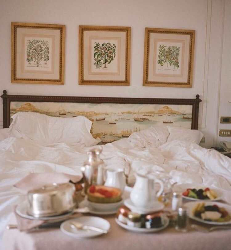 breakfast and hotel image