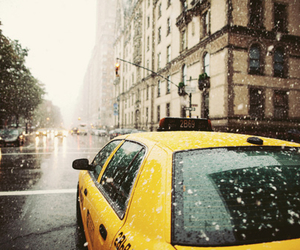 taxi, new york, and snow image
