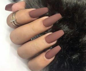 brown nails image