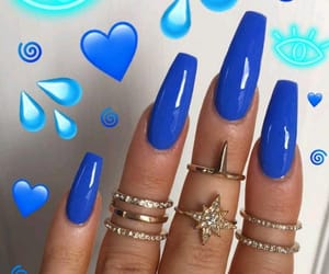 blue nails image