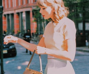 street style and Taylor Swift image