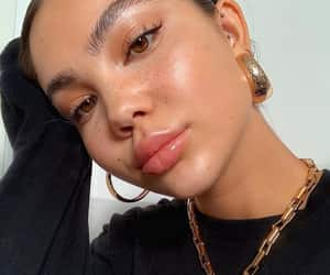 article, face, and highlighter image