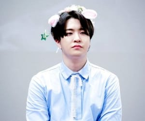 adorable, boy, and youngjae image