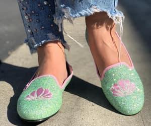 sapatilhas, sapatos, and flat shoes image