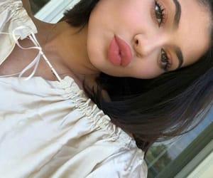 kylie jenner, beauty, and kiss image