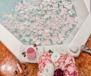 bath, bathroom, and chill image