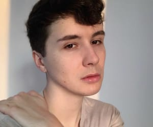daniel howell and youtuber image